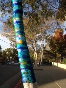blue tiedyed tree 2